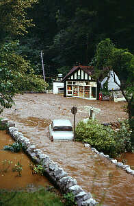July 1968 flood - below Goughs cave (victor roberts)